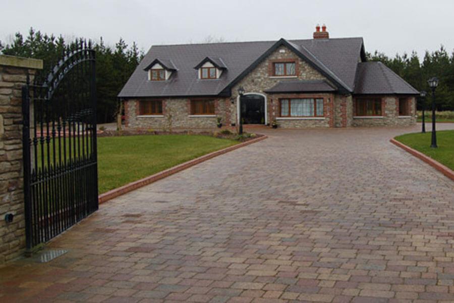 mellifont cobble paving driveway